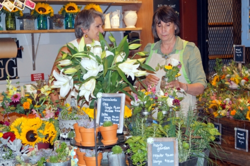 Stow Greenhouses offer artisan flowers using eco-friendly and sustainable growing practices.